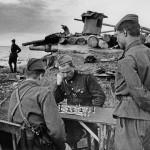 В часы затишья, апрель - октябрь 1943, Коршунов Сергей Георгиевич